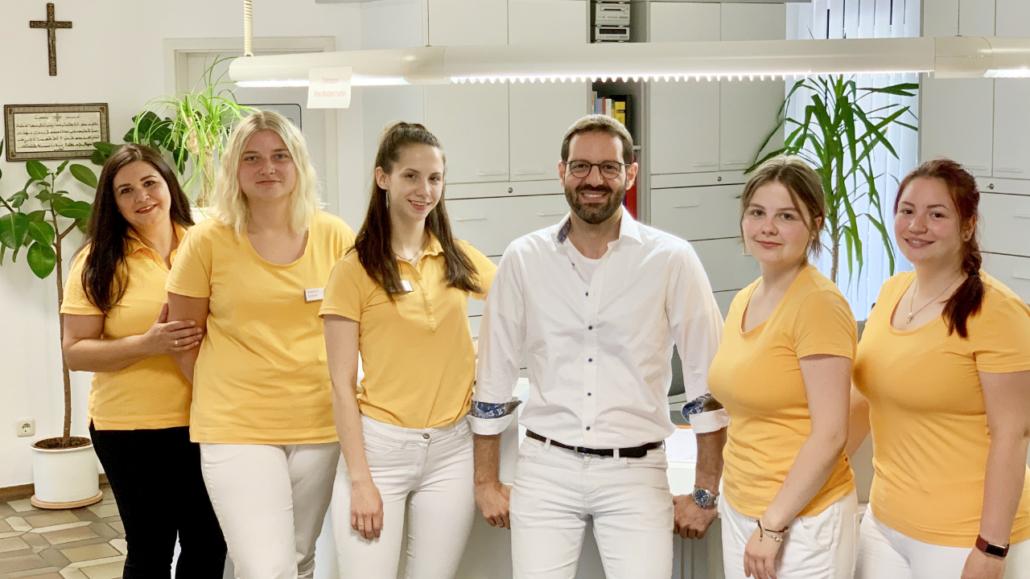 Dr. Iyad Deeb und Praxis-Team